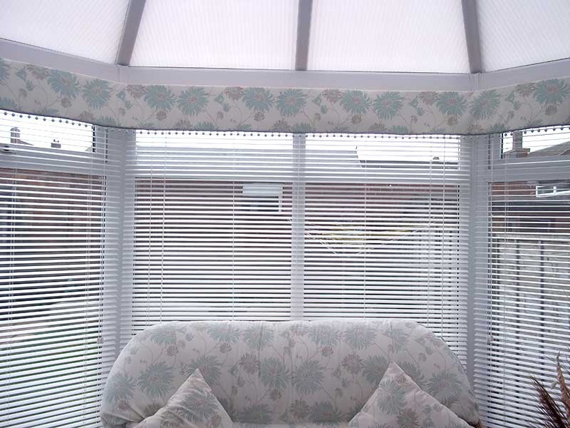 Pelmets Drapes In Elegance